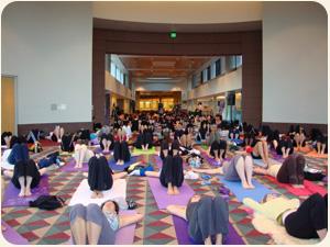 Aroma Yoga class